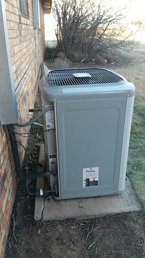 Happy, TX - Repairing Carrier heat pump system!
