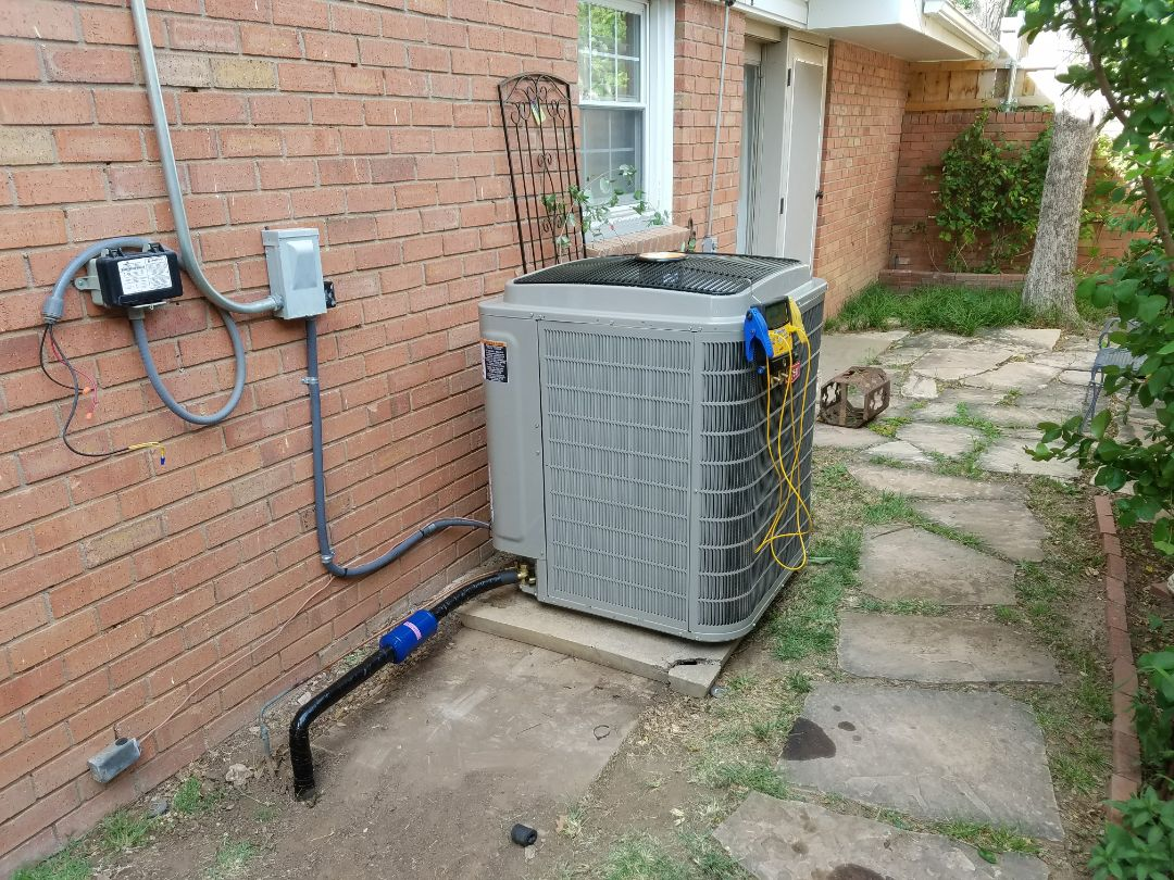 Amarillo, TX - HVAC equipment change out.