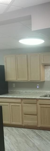 Lee's Summit, MO - In stock cabinets are an easy and economical way to update a kitchen. And there is no wait if you are in a hurry to get your project done!