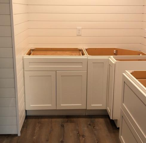 Lee's Summit, MO - White cabinets- great option to lighten up a room