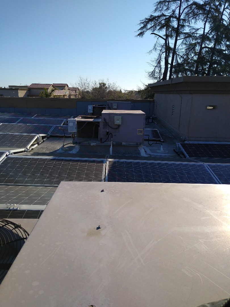 Brentwood, CA - Commercial Air conditioning Maintenance