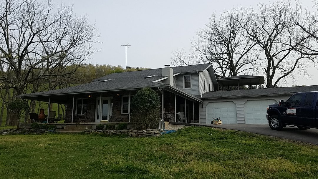 Eureka Springs, AR - Full roof replacement complete.