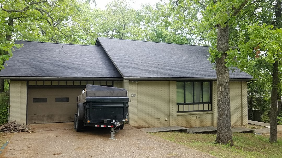 Fayetteville, AR - Full roof replacement completed in Fayetteville, with Owens Corning Duration shingles. (Onyx Black)