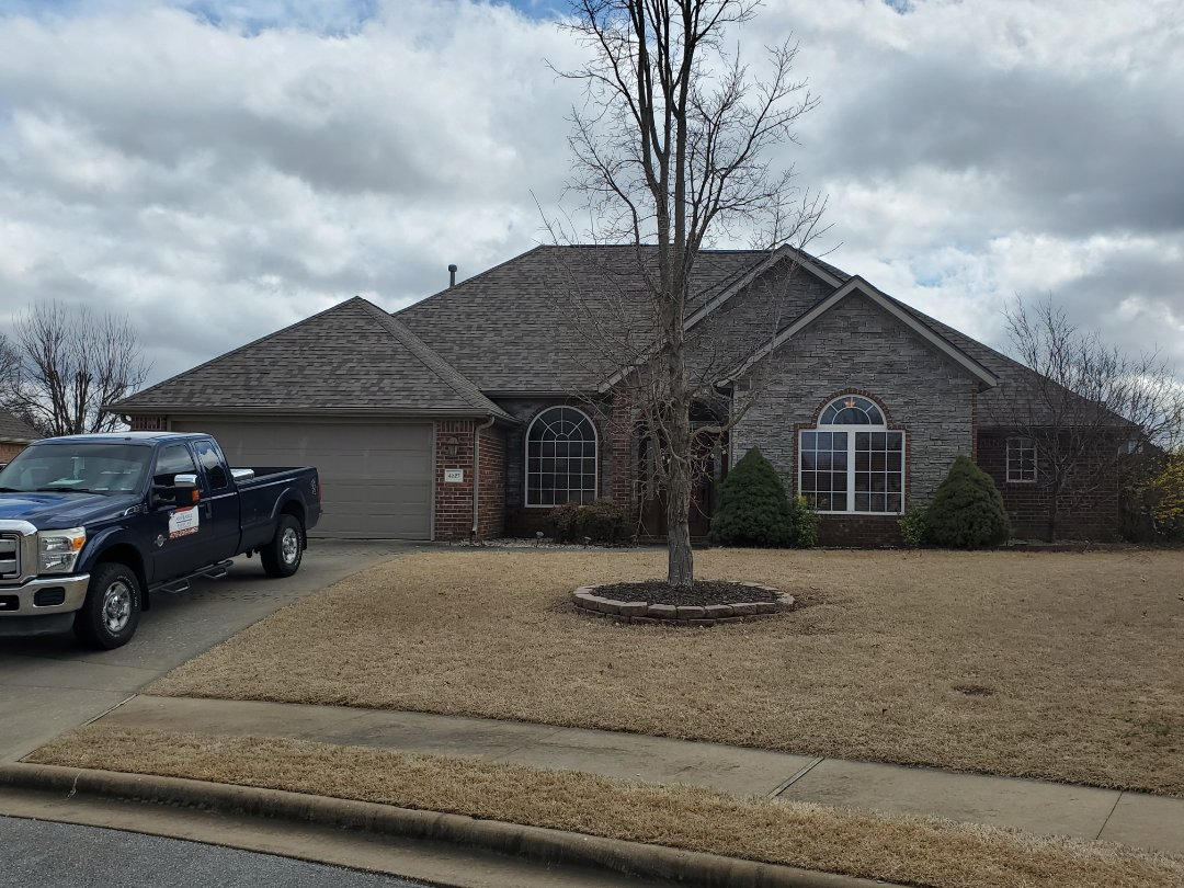 Rogers, AR - Another full roof replacement complete in Rogers. This is an Owens Corning TruDefinition Duration shingle.(Driftwood) Call Quality Assurance Roofing today for an estimate or a free no obligation inspection. (479.239.5469)