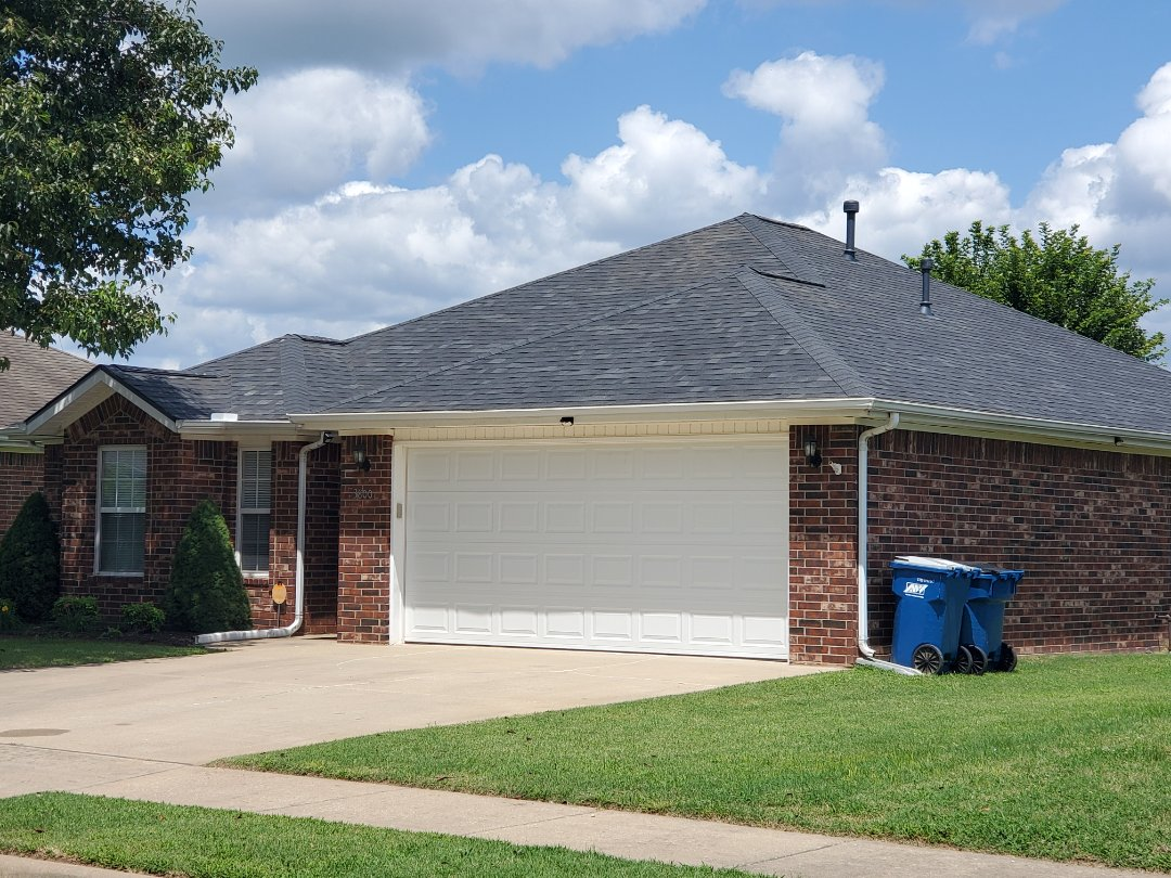 Bentonville, AR - Full roof replacement complete in Bentonville. This is an Owens Corning Oakridge shingle (Onyx Black). Quality Assurance Roofing was able to get the entire roof paid for by the homeowners insurance company due to hail damage.Call Quality Assurance Roofing today for your free inspection.