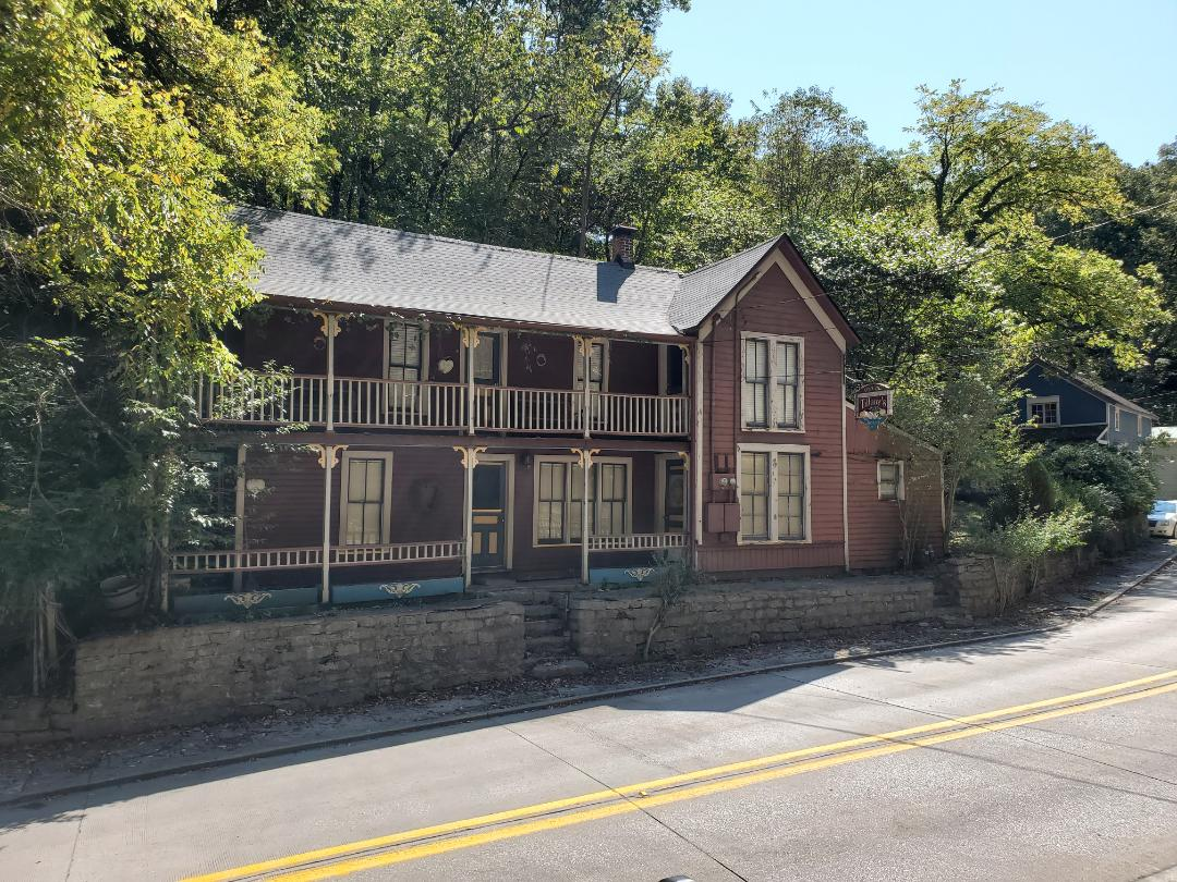 Eureka Springs, AR - Full roof replacement complete on historic building in Eureka Springs. This is an Owens Corning Supreme shingle (Estate Gray). Call Quality Assurance Roofing today.
