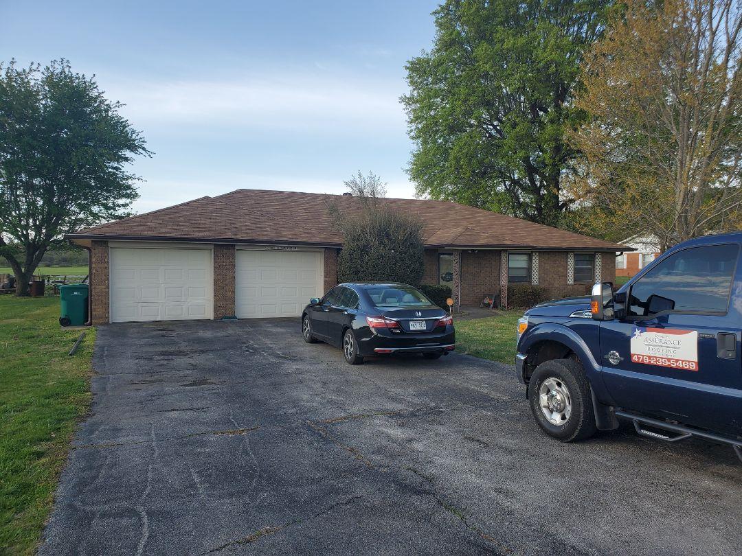 Springdale, AR - Full roof replacement complete in Springdale. This is a CertainTeed XT25 shingle (Resawn Shake). Quality Assurance Roofing was able to get the entire roof paid for by the homeowners insurance company due to hail damage. Call Quality Assurance Roofing today for your free inspection.
