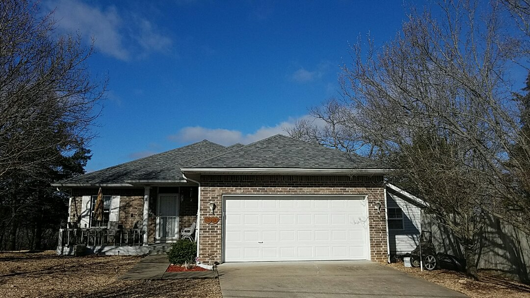 Holiday Island, AR - Replaced a hail damaged roof with Owens Corning Estate Gray