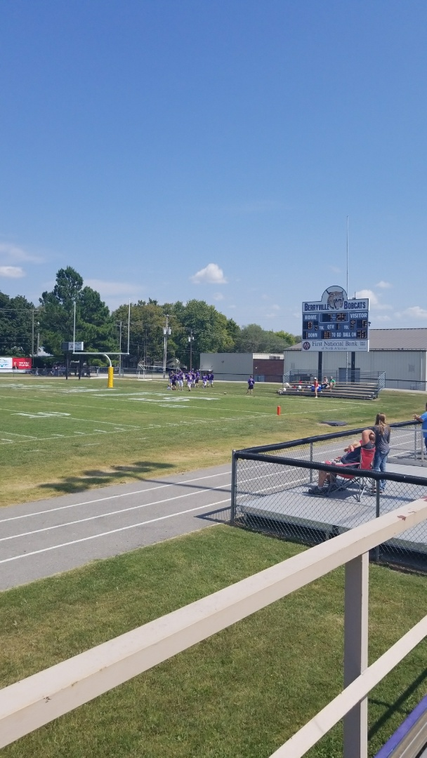 Berryville, AR - We Love our community! Quality Assurance Roofing sponsored 6th grade Bobcats warming up to take on Huntsville.  Go Bobcats