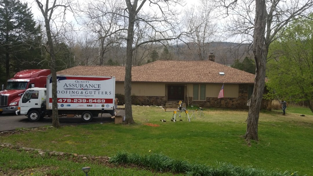 Holiday Island, AR - Quality Assurance Roofing and Gutters does seamless gutters! Call 479-239-5469 for a free estimate