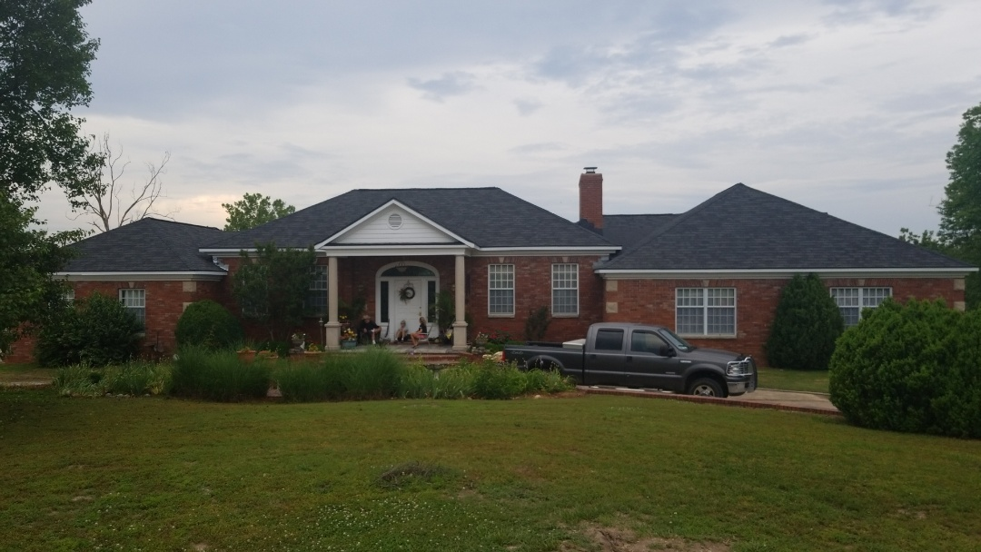 Eureka Springs, AR - Take a look at this Gaf Camelot Shingle installed in NWA!