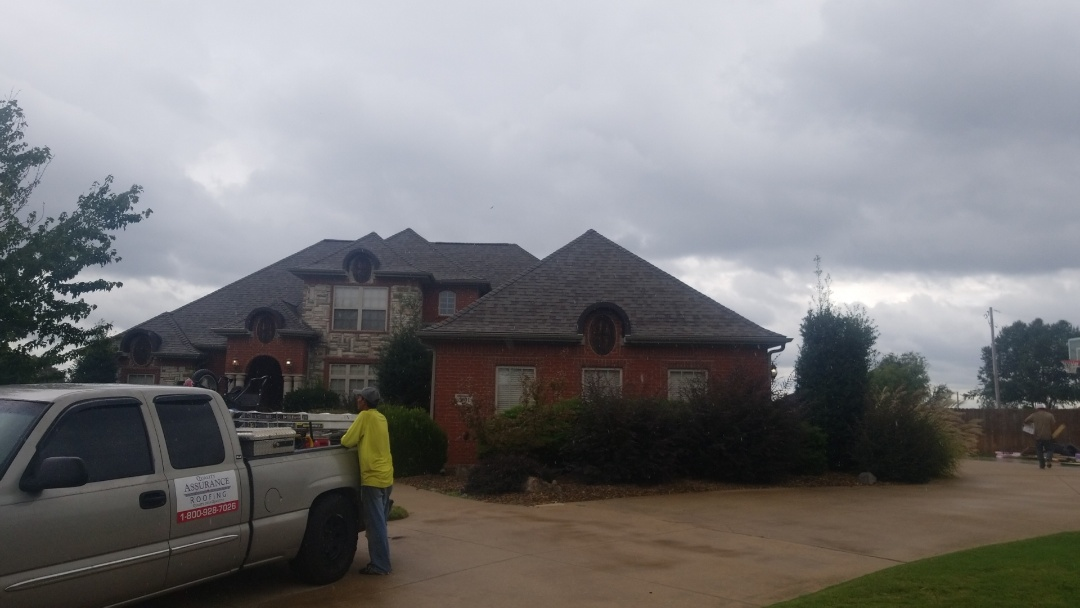 Rogers, AR - Just finished up a Owens Corning Duration shingle in Rogers Ar. Turned out fantastic and Customer is extremely Happy!