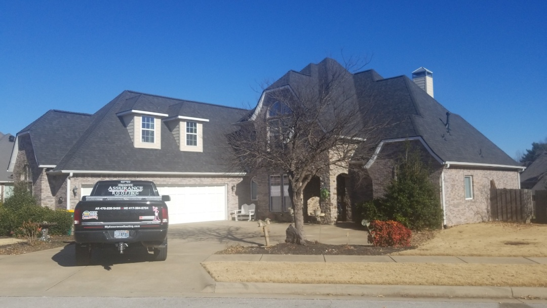 Rogers, AR - Beautiful new roof, Owens corning duration onyx black, in Turnberry at The Peaks subdivison  in Rogers, Ar
