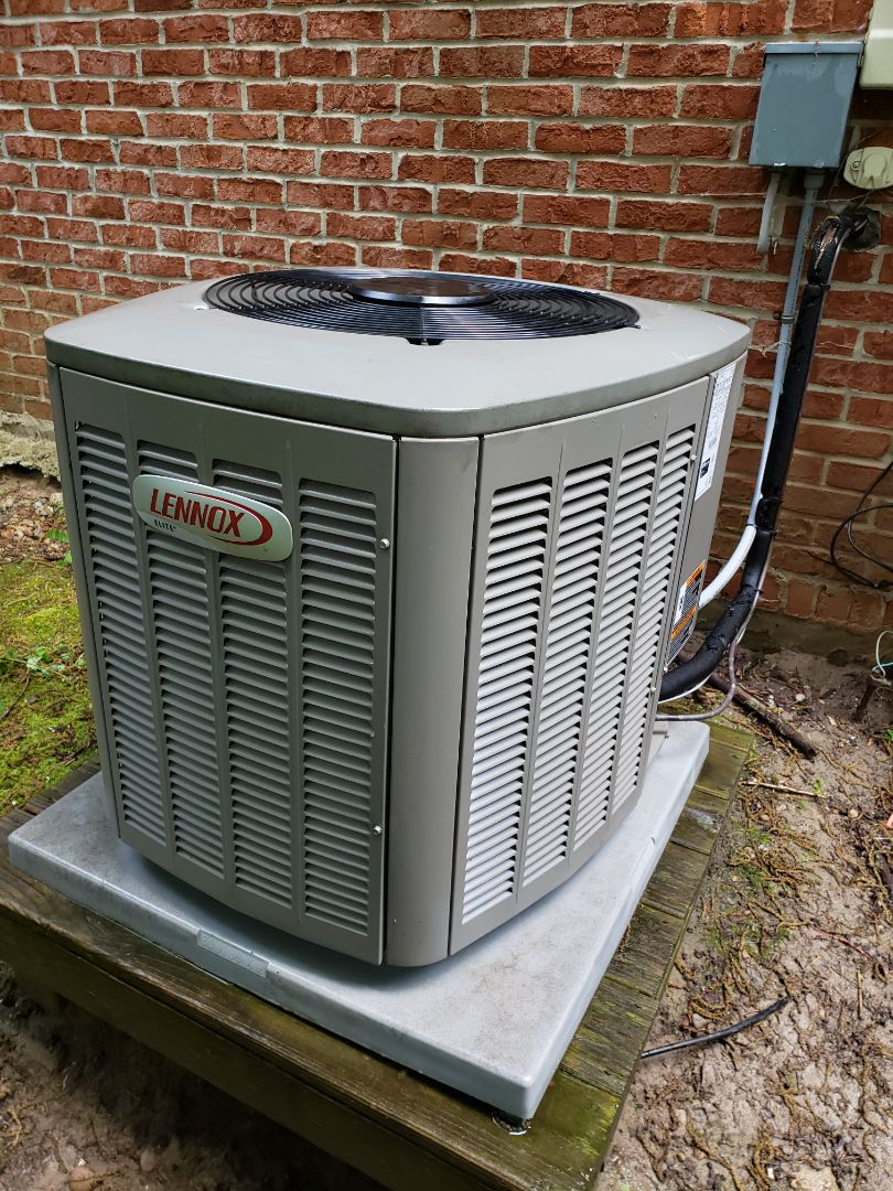 Brighton, MI - Annual furnace and air conditioning system maintenance on lennox equipment.