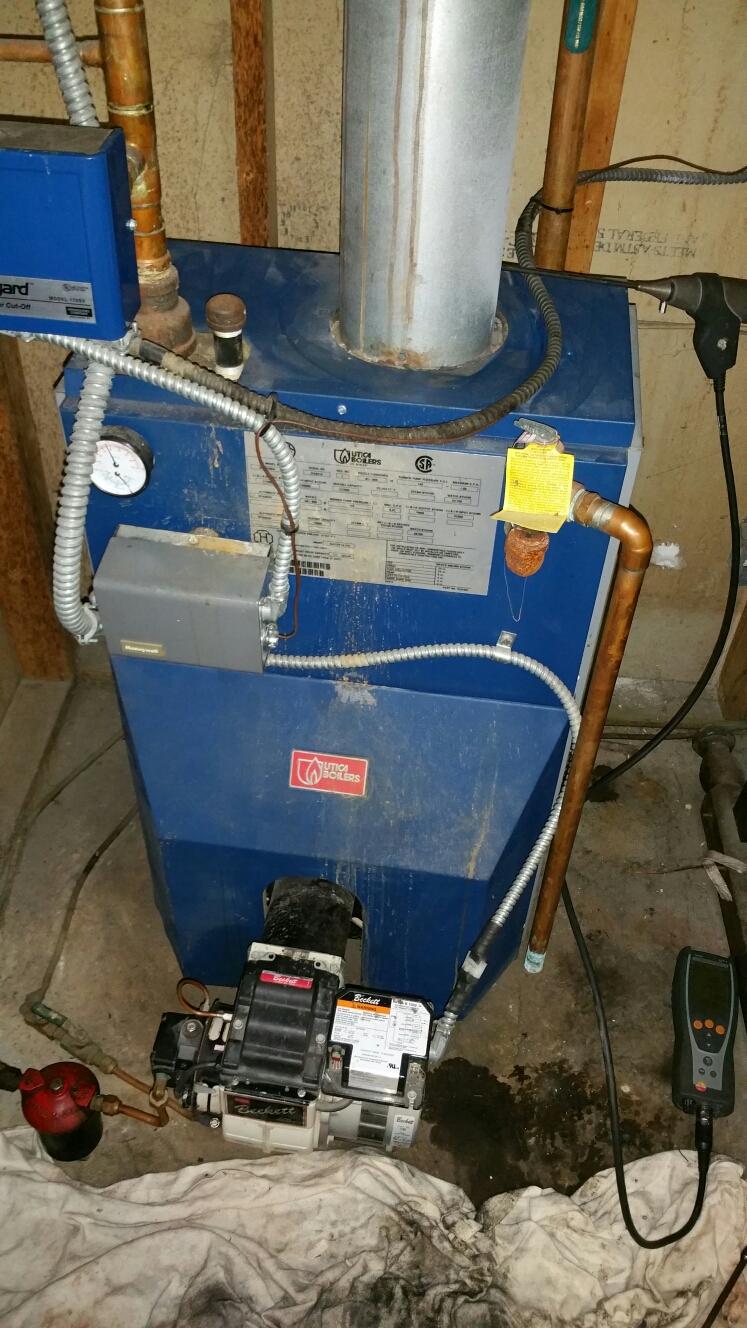 Pinckney, MI - Utica oil boiler tune-up