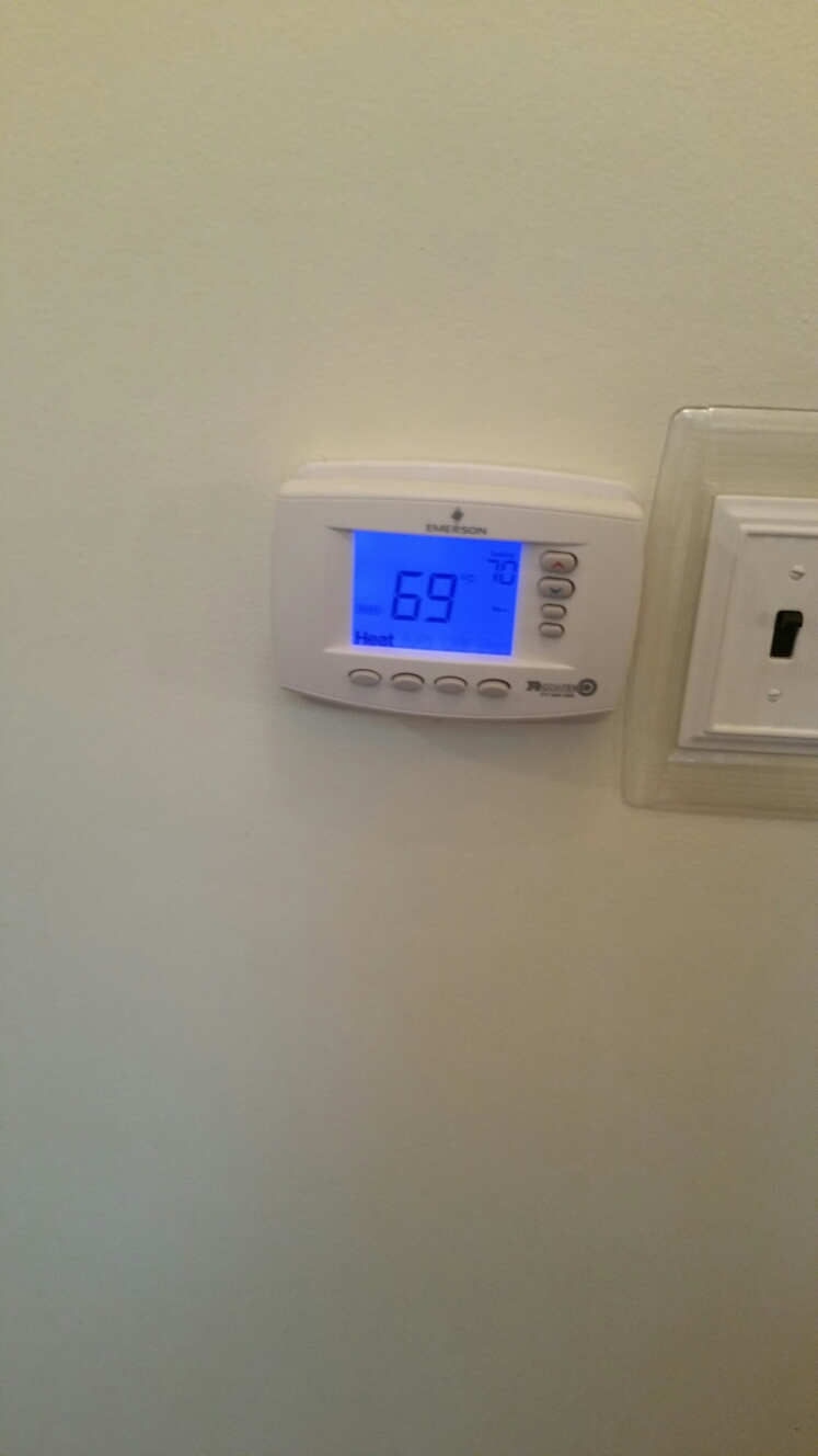 South Lyon, MI - Replace digital thermostat.