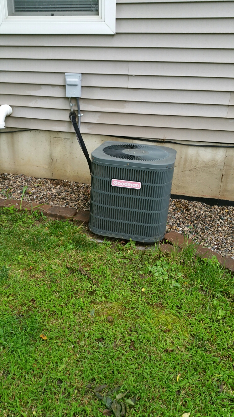 Fowlerville, MI - Replace bad capacitor
