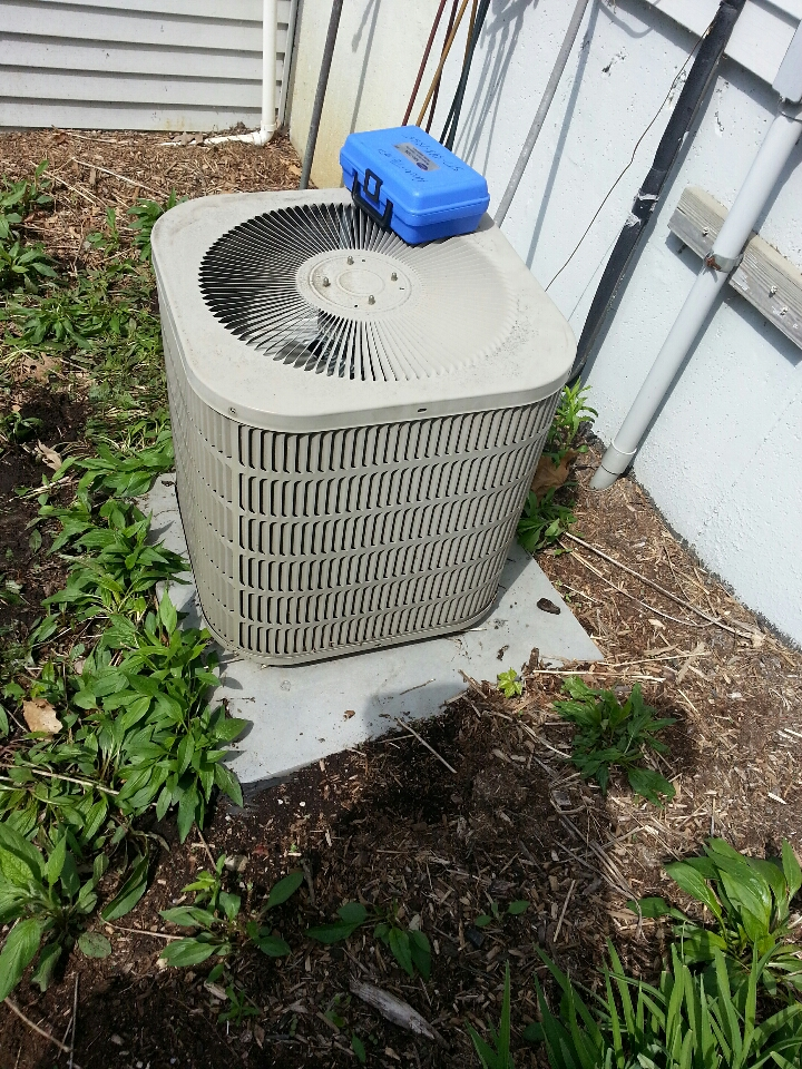 Whitmore Lake, MI - goodman air conditioner tune up.