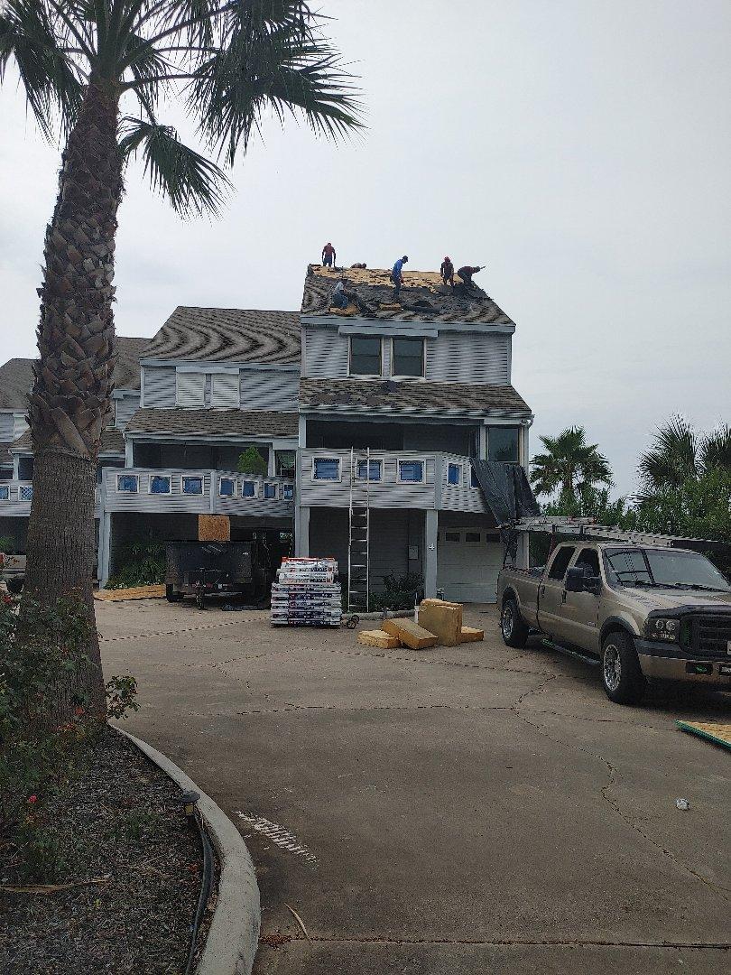 Galveston, TX - Condo roof