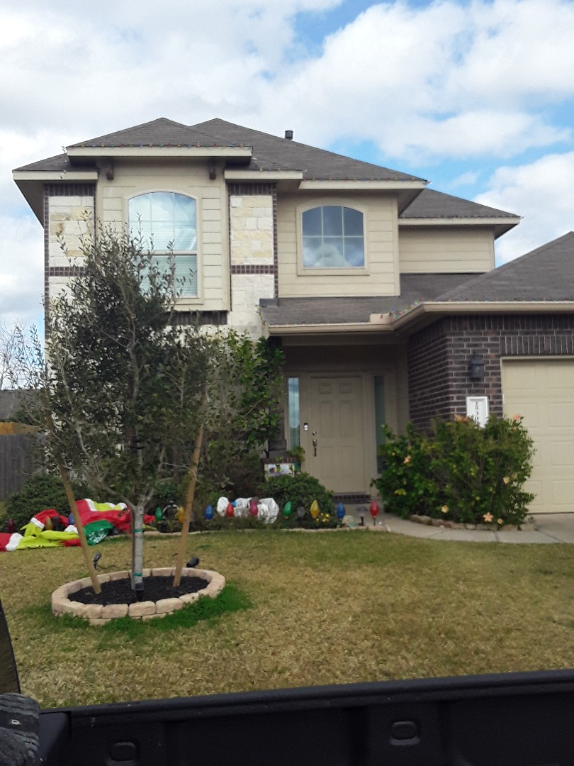 Tomball, TX - Insurance company approved homeowners storm claim. Here to get hired for the roo replacement!!