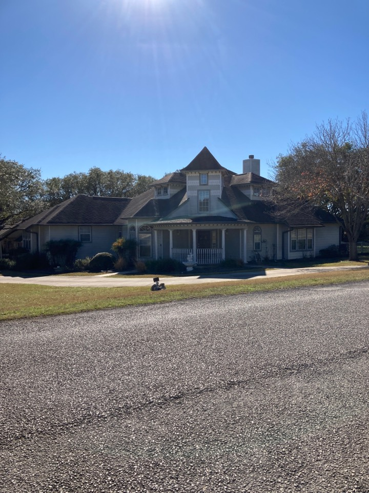 New Braunfels, TX - Old roof.  Call for a free inspection and replacement estimate.