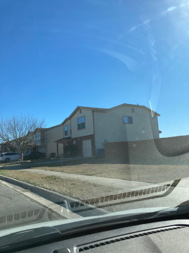 New Braunfels, TX - Wind damaged roof.  Free repair estimates.  Free replacement estimates.