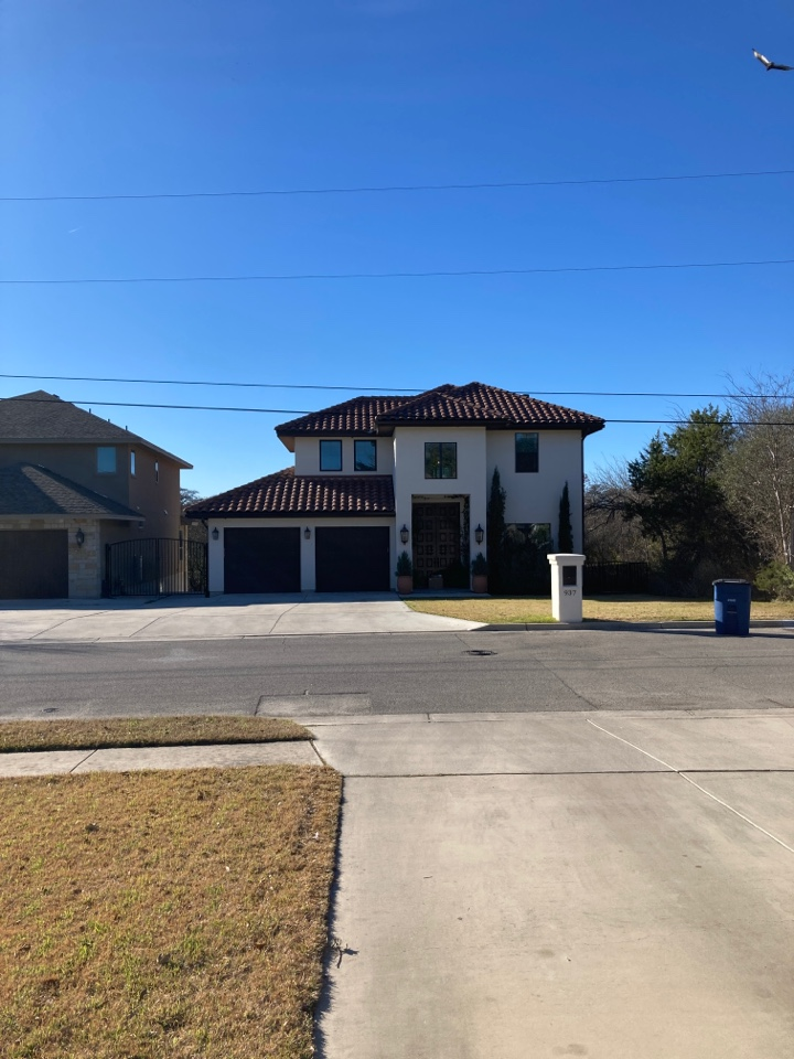 New Braunfels, TX - Redemption Roofing can take care of your tile roof needs.  New construction tile roof estimate.  Time roof repair estimate.
