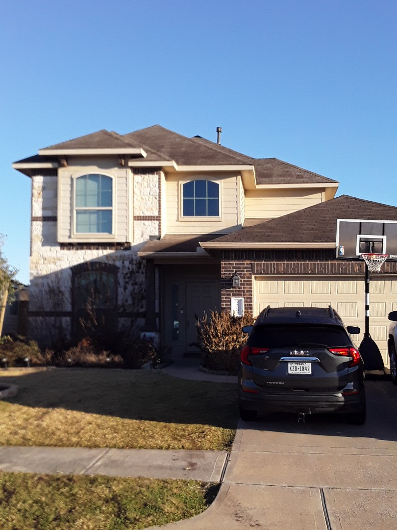 Tomball, TX - Beautiful day for a Redemption Roofing brand new roof install!!