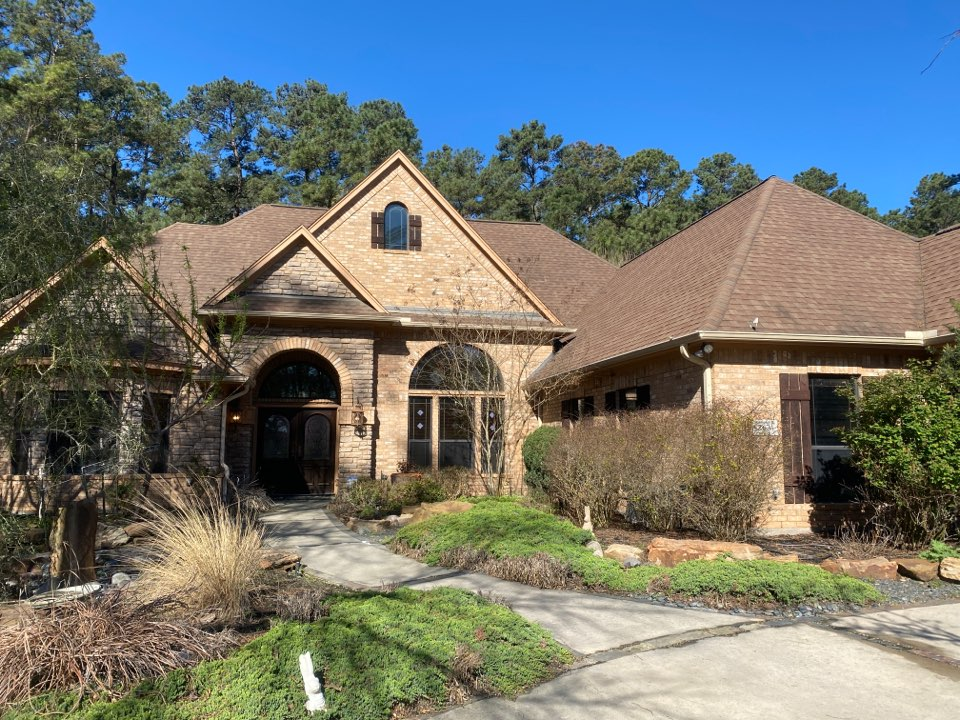 Montgomery, TX - Redemption Roofing is providing a free storm damage inspection.