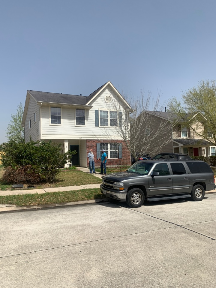 Conroe, TX - Getting roofs replaced and educating the homeowners about the insurance replacement process is what we are all about