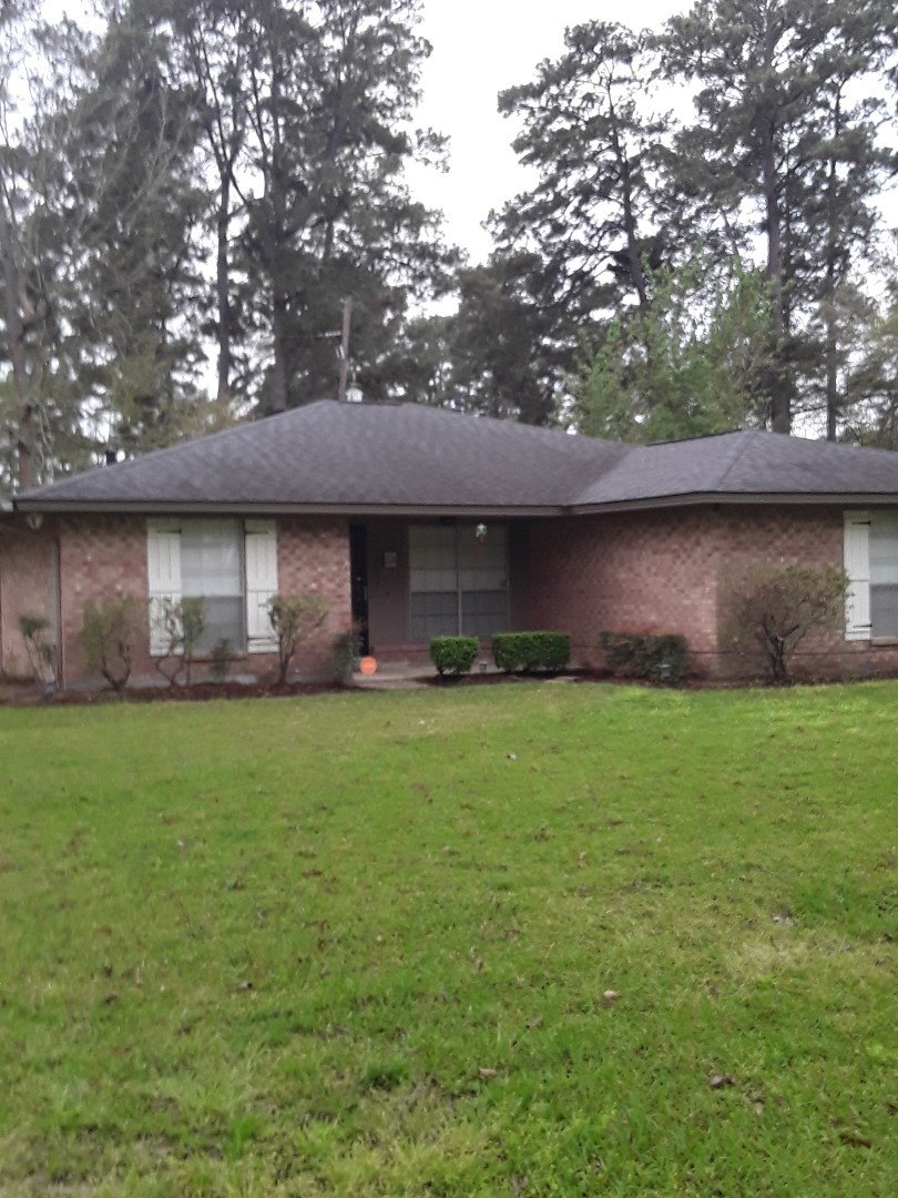 Tomball, TX - Customer is selling the home. The home inspector found a roof leak. We'll get it fixed!!
