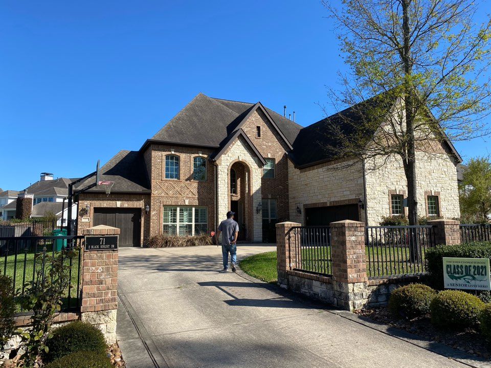 The Woodlands, TX - Out offering free roof inspections for hail damage