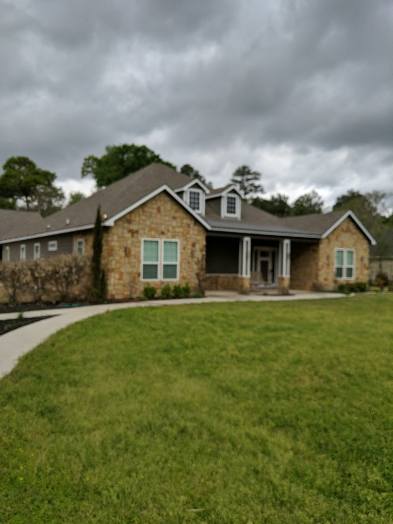 Magnolia, TX - Inspection and free estimate.