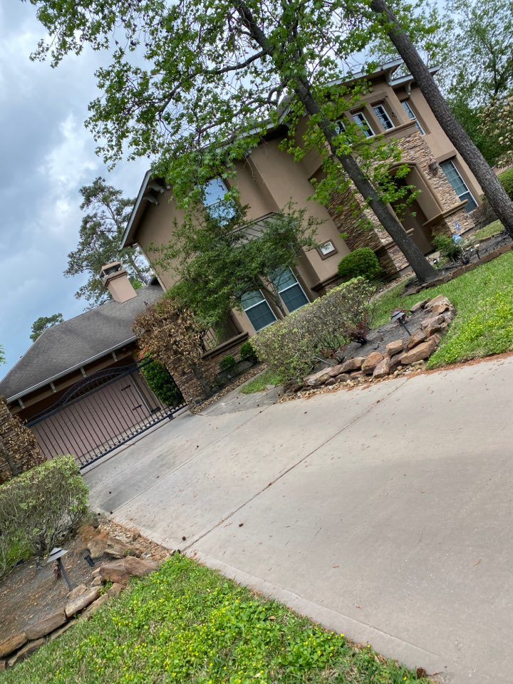 Spring, TX - Roof inspection! Hail damage, wind damage we can help. Redemption roofing is here to help with free inspections, estimates and any roofing needs!