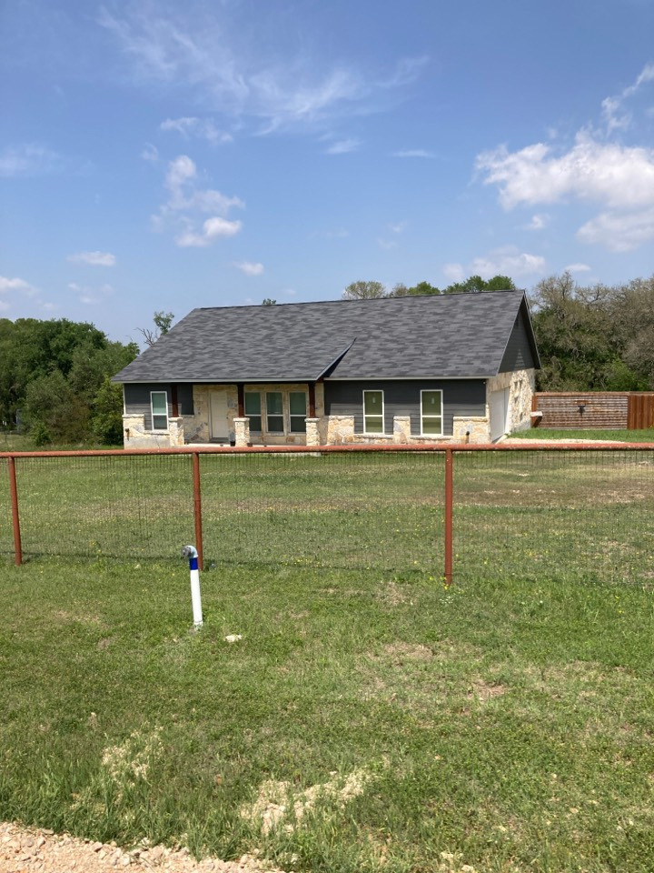 San Antonio, TX - Roof with hail damage.  Free roof inspection.  Free roof replacement estimate.