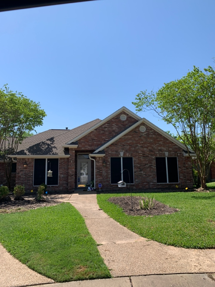 College Station, TX - Free inspections for hail damages from 4/8/21