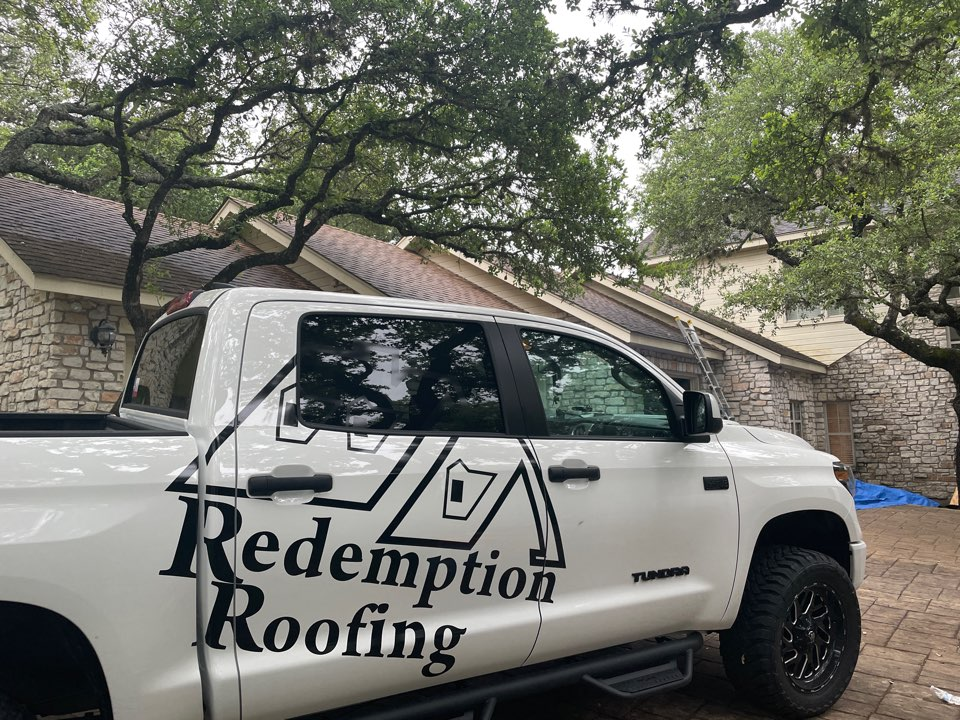 Fair Oaks Ranch, TX - Out in Fair oaks Ranch in Boerne Tx on a roof install. Roof was bought on hail by the insurance company. Call Redemption Roofing for a free roof inspection!