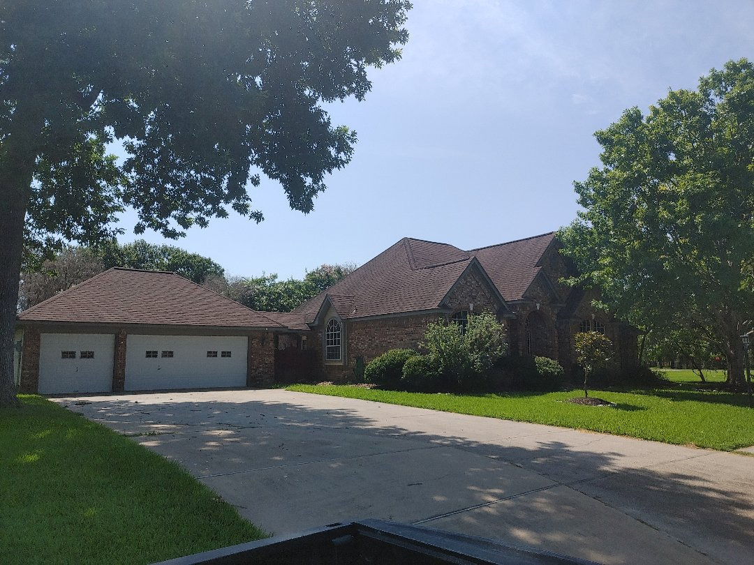 Lake Jackson, TX - Free property evaluation and photo report Roofing estimate