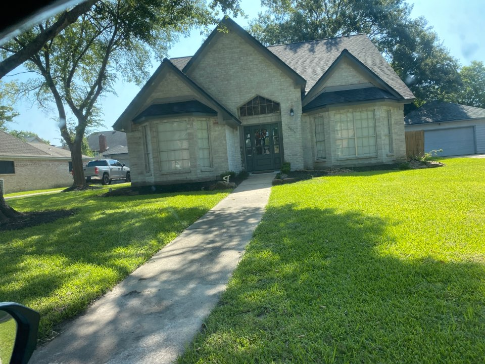 Humble, TX - So I get to ask a lot of times you're a roofer do you do anything else. Absolutely we do some flat surface pressure washing, we do gutters we do siding and facia repair and we can even do some inside work painting and drywall. Not typically we do that In conjunction with a roofing claim bot if you're one of our customers I'm only too happy to help you. Our standards are very high we use the best vetted products and the finest workmen available. So give me a call 281-685-3623