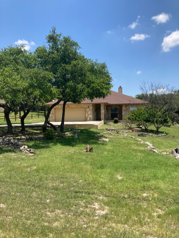 Canyon Lake, TX - Hail damaged roof.  Free roof inspection. Free roof replacement estimate.