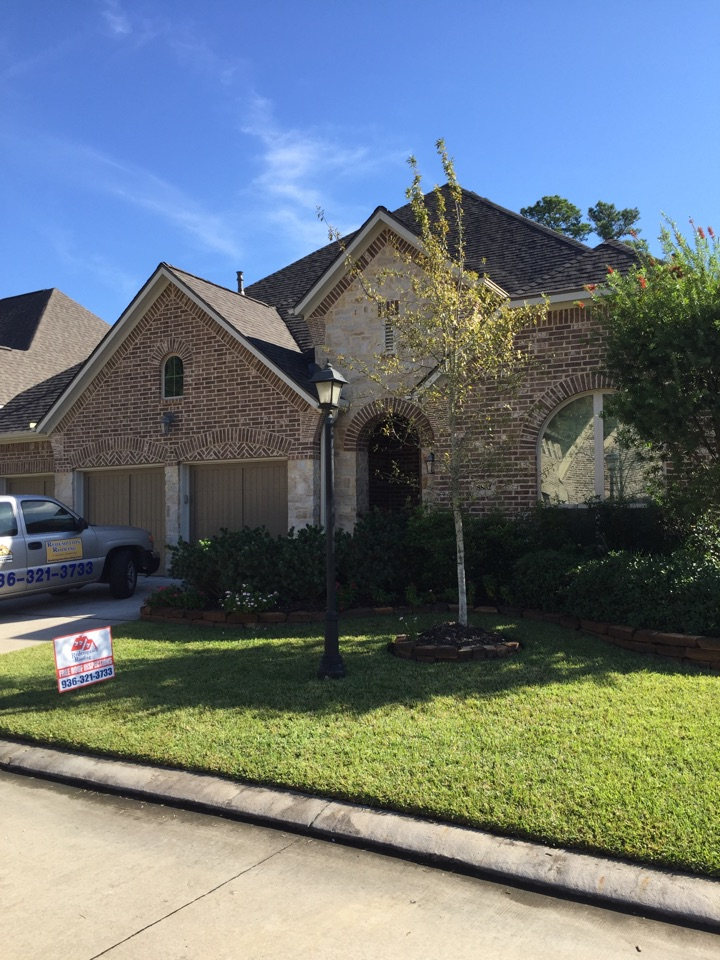 The Woodlands, TX - Another quality Certainteed Landmark job installed here at Redemption Roofing