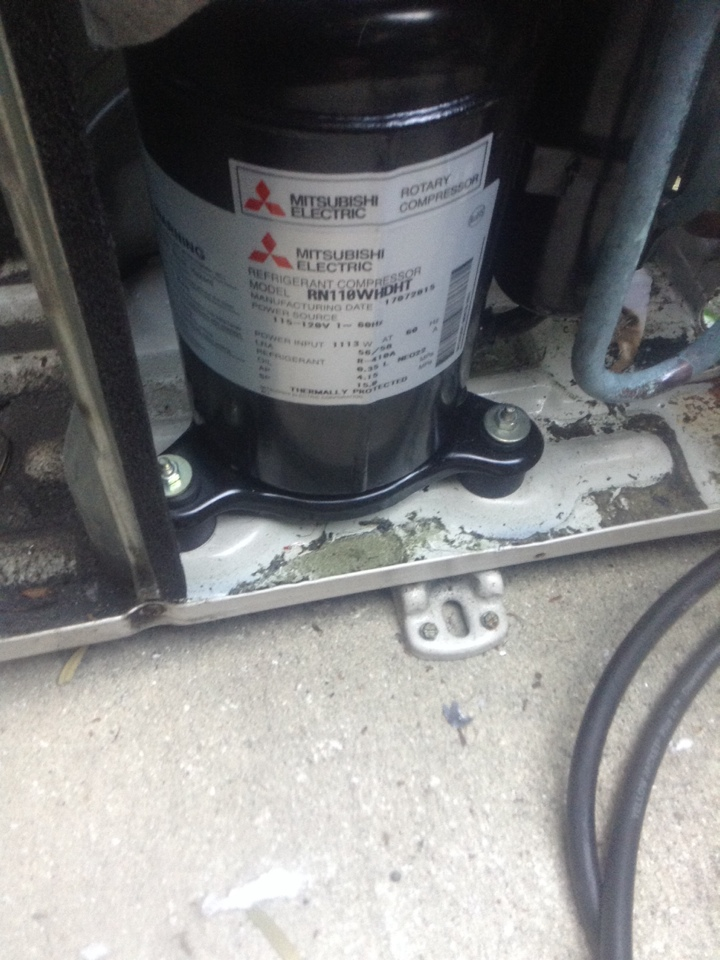 Oldsmar, FL - Commercial HVAC Repair Service Oldsmar Fl: perform installation procedure of OEM rotary compressor and refrigerant leak repair on Mitsubishi ductless mini-split system. Air Zero provides free new central home air conditioning/heat pump system replacement installation price cost quote estimate , air conditioner repair service and ac maintenance / tune up on all brands Trane,Lennox,Bryant,Goodman and more of home hvac units in Oldsmar, FL 34677