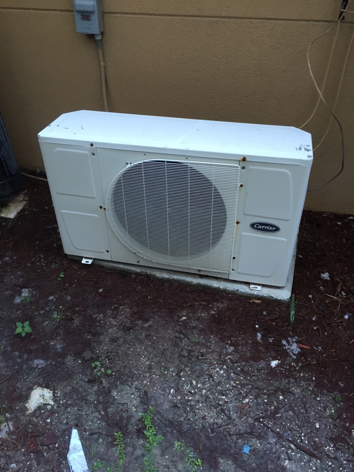 Oldsmar, FL - Carrier ductless mini split repair service call  Oldsmar . Air Zero provides free new central home air conditioning/heat pump system replacement installation price cost quote estimate , air conditioner repair service and ac maintenance / tune up on all brands of home hvac units in Oldsmar Fl.