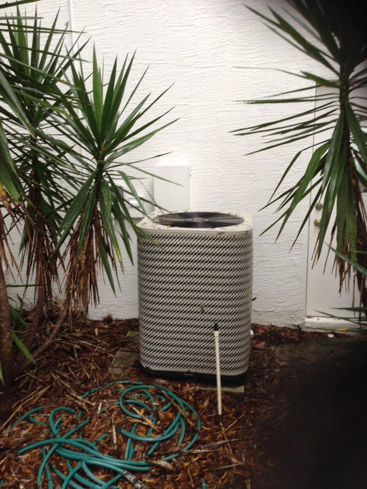 Oldsmar, FL - Nordyne AC system repair Oldsmar. Install new ac condenser fan motor. Air Zero provides free new central home air conditioning/heat pump system replacement installation price cost quote estimate , air conditioner repair service and ac maintenance / tune up and warranty repair on all brands of home hvac units in  Oldsmar, FL 34677