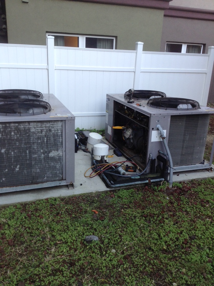 Oldsmar, FL - Oldsmar , ac not cooling . Commercial Carrier split system not working. Found blown fuse , crank case heater shorted to ground . Isolated , replaced fuse & ordered new component .  Air Zero provides free new central home air conditioning / heat pump system replacement installation price cost quote estimate Oldsmar, air conditioner repair service and preventative maintenance ac tune up and warranty work repair on all brands Trane , Lennox , Bryant , Goodman , Rheem , Carrier , York and more of home hvac units in Oldsmar, FL 34677