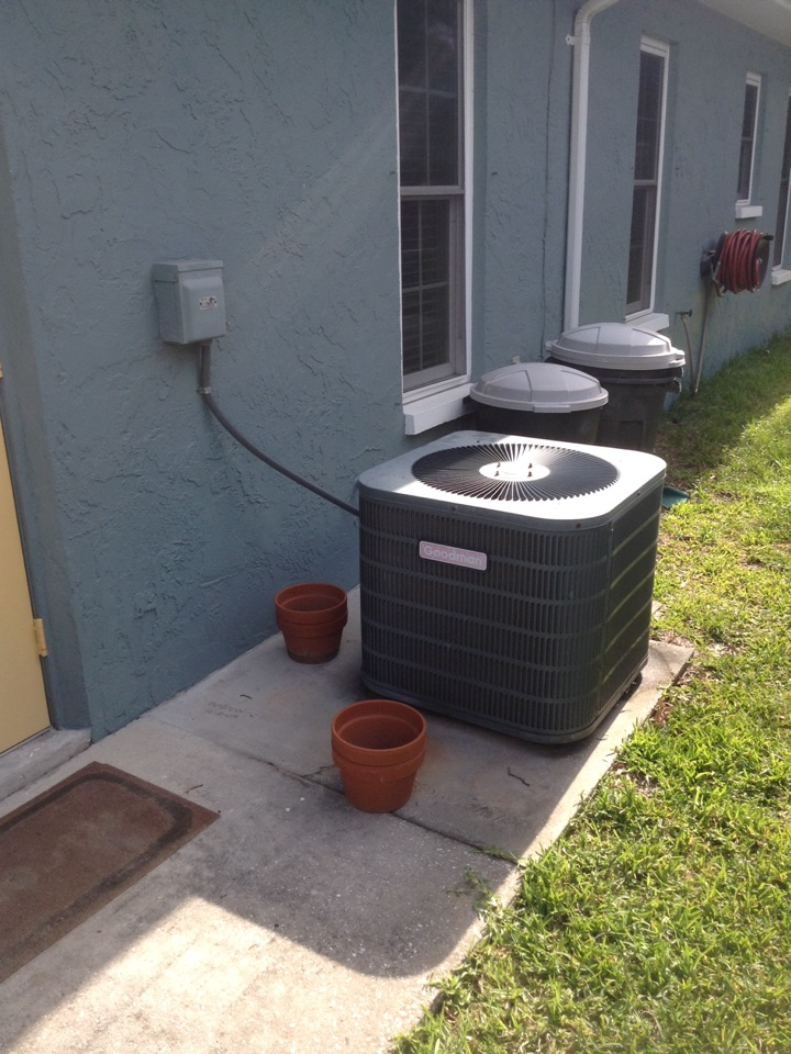 Seminole, FL - Ac unit not working. Goodman ac repair. Trane air handler. Repaired low voltage wiring.
