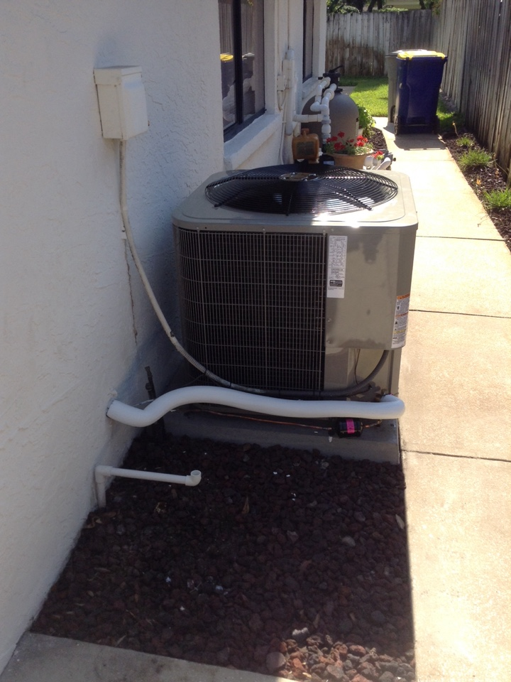 Seminole, FL - Bryant heat pump installation.