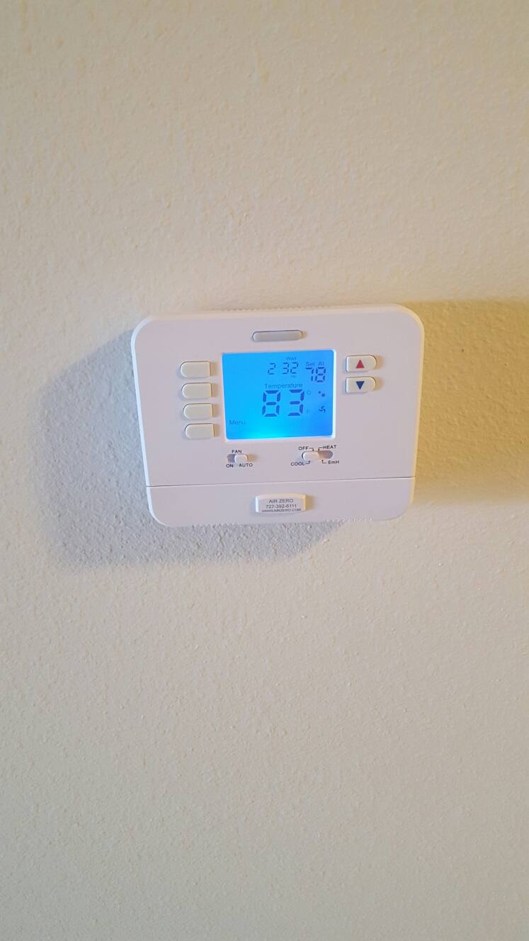 Seminole, FL - Carrier ac system not cooling. Replaced defective thermostat.
