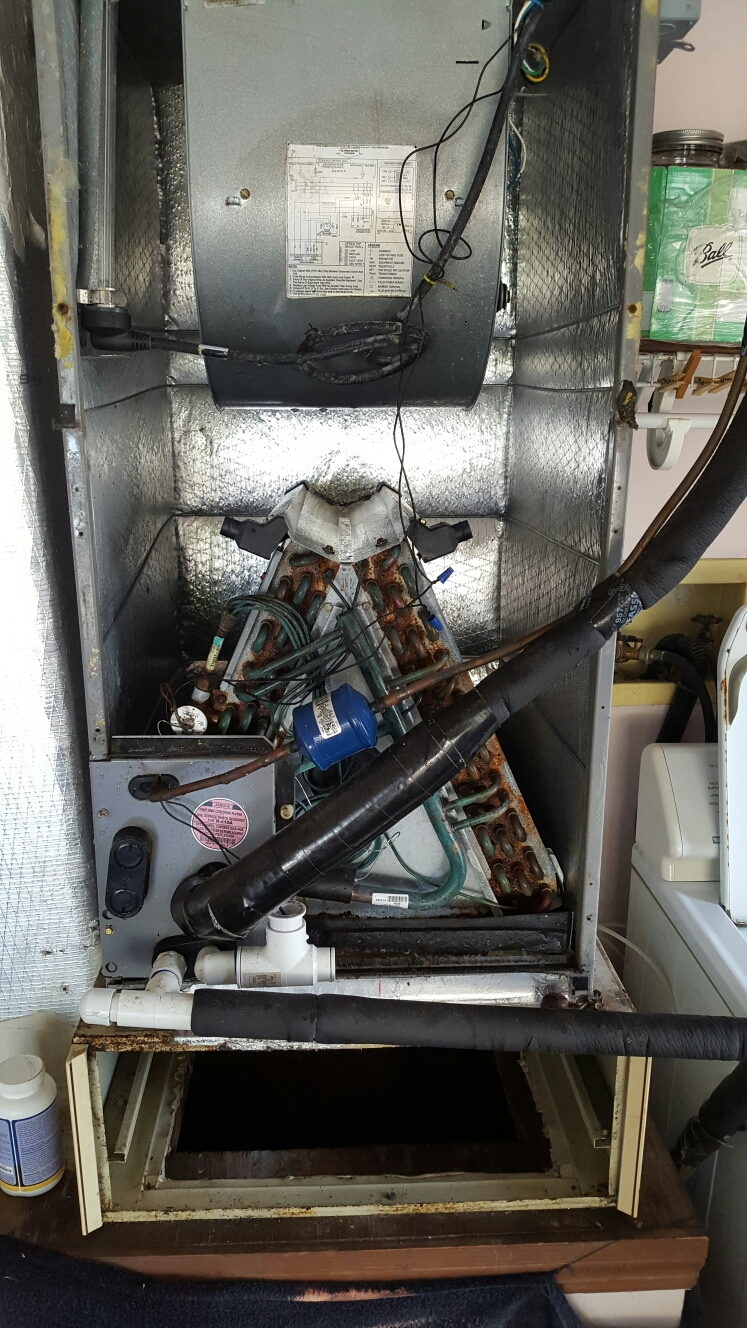 Seminole, FL - Icp air handler evaporator coil very rusted.