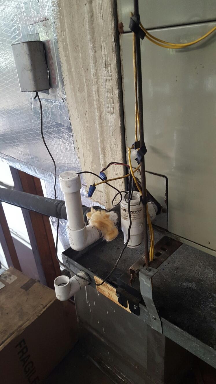 Pinellas Park, FL - trane air handler control wiring broken. blank thermostat.